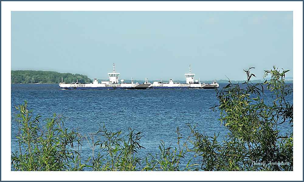 photoblog image Boat Friday - Oka Ferry